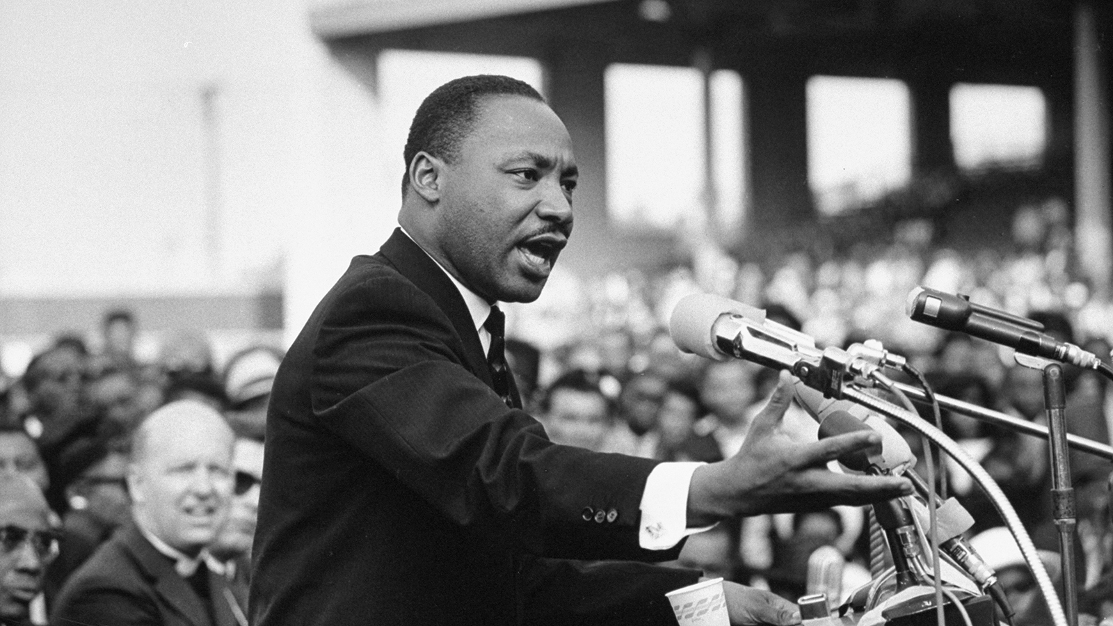a look at martin luther king jr and his conflicts with mass media