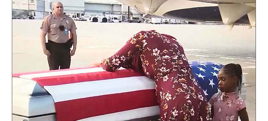 Trump tells pregnant Army widow husband  knew 'what he signed up for'