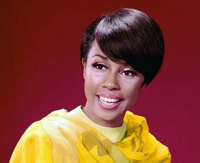 Diahann Carroll, Pioneering Actress on 'Julia' and 'Dynasty,' Dies at 84